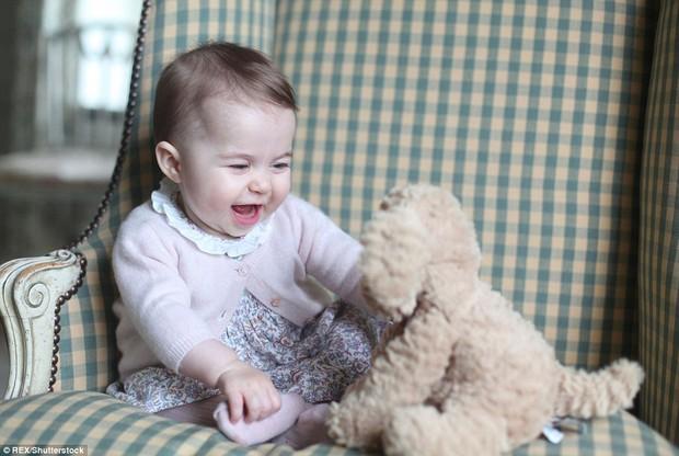Công nương Kate được Hiệp Hội Nhiếp ảnh Hoàng Gia Anh khen ngợi vì những bức ảnh tuyệt đẹp - Ảnh 11.