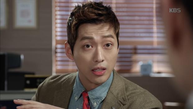 """""""Sếp Kim"""" siêu lầy: Nam Goong Min """"cosplay"""" cảnh catwalk kinh điển của Goblin - Ảnh 11."""