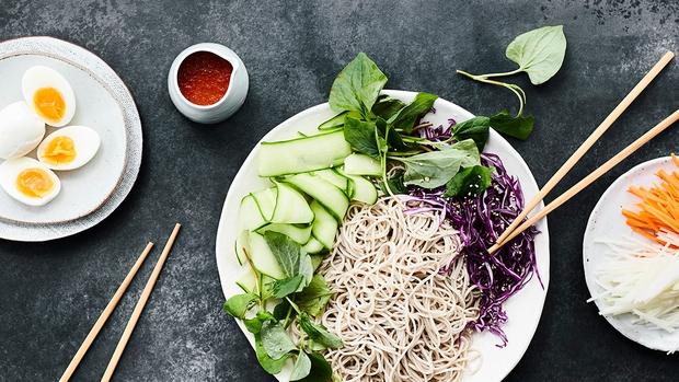 Muốn đẹp da chuẩn dáng, học ngay 5 tuyệt chiêu chữa bệnh lười ăn rau cực hiệu quả sau - Ảnh 3.