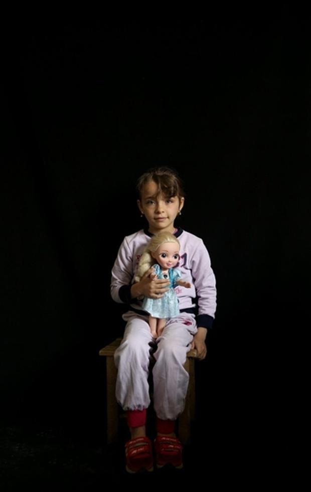 Tình hình Syria: Hình ảnh nạn nhân trong các cuộc tấn công kinh hoàng ở Syria - Ảnh 12.
