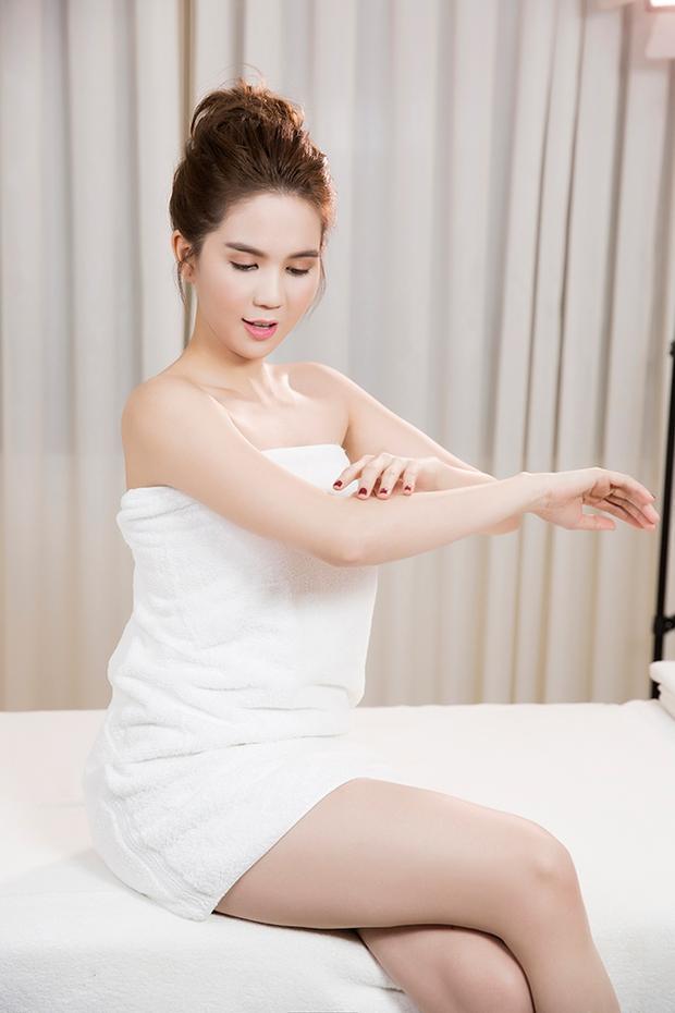 Ngọc Trinh sexy hết cỡ, khoe eo thon da trắng trong bộ ảnh mới - Ảnh 6.