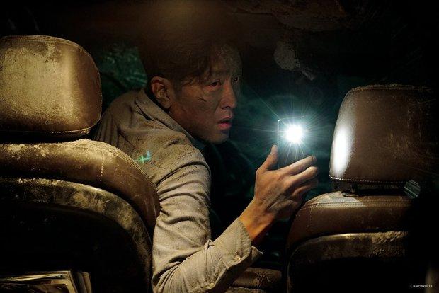 10 bộ phim có bối cảnh khiến người xem sợ chết khiếp - Ảnh 6.
