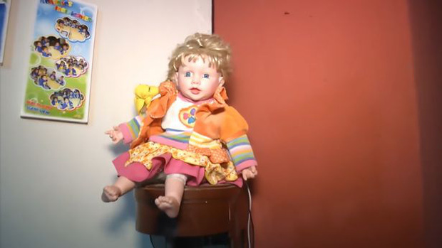 Điểm mặt những con búp bê đáng sợ trên thế giới dường như có họ hàng với Annabelle - Ảnh 8.