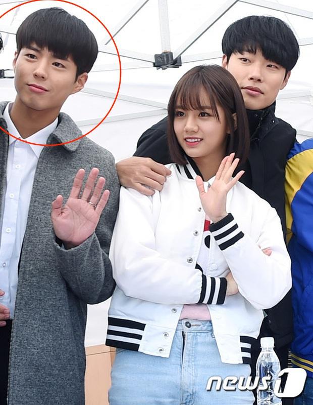 Hyeri và Ryu Jun Yeol hẹn hò, Park Bo Gum bỗng trở thành nam phụ đáng thương nhất hôm nay! - Ảnh 13.