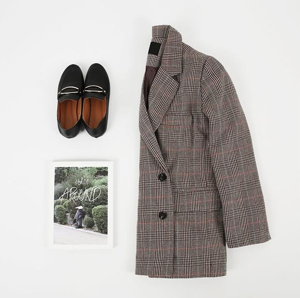 Blazer kẻ caro: Dự là sẽ hot hơn cả cardigan, denim jacket vì fashionista nào cũng đang sở hữu 1 cái - Ảnh 6.