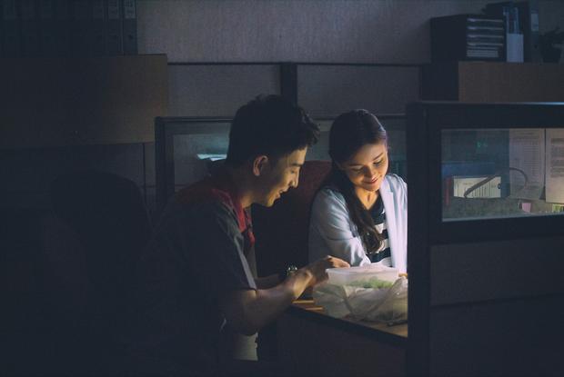 """""""Song Hye Kyo của Thái"""" Aom Sushar lột xác trong phim kinh dị """"Khách Sạn Ma"""" - Ảnh 6."""