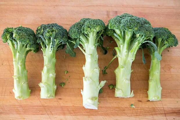 Hội cận thị không nên bỏ qua 5 loại rau quả này để cải thiện thị lực tốt hơn - Ảnh 3.