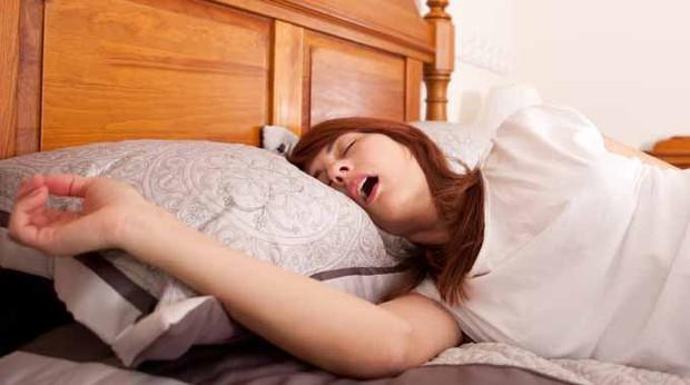 Biến chứng khủng khiếp với cơ thể khi bạn ngủ trưa quá 1h theo lời chuyên gia Nhật Bản - Ảnh 3.