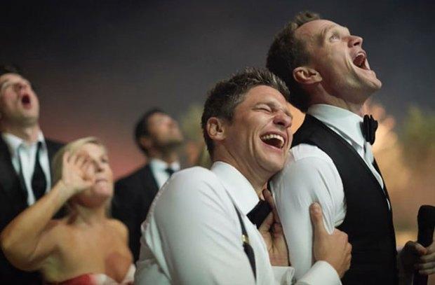 Trước Hồ Vĩnh Khoa, cũng đã có nhiều đám cưới đồng tính đẹp như mơ của sao thế giới - Ảnh 11.