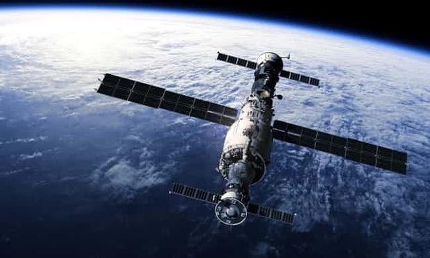 Trạm vũ trụ gần chục tấn của Trung Quốc ngưng hoạt động, chuẩn bị lao xuống Trái đất - Ảnh 1.