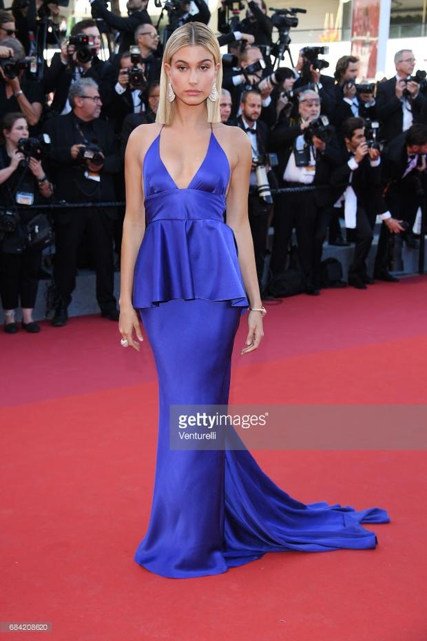 Thảm đỏ LHP Cannes: Phạm Băng Băng lộng lẫy như nữ hoàng, quyết cân dàn mỹ nhân quốc tế - Ảnh 30.