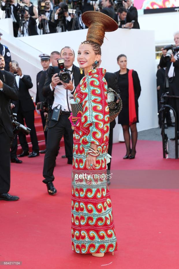 Thảm đỏ LHP Cannes: Phạm Băng Băng lộng lẫy như nữ hoàng, quyết cân dàn mỹ nhân quốc tế - Ảnh 28.