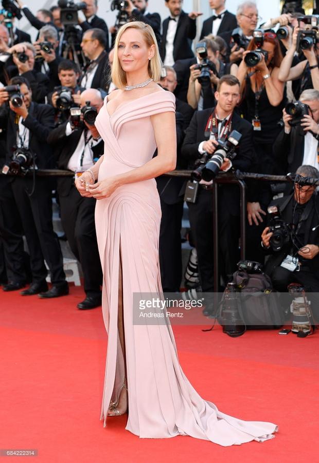 Thảm đỏ LHP Cannes: Phạm Băng Băng lộng lẫy như nữ hoàng, quyết cân dàn mỹ nhân quốc tế - Ảnh 24.