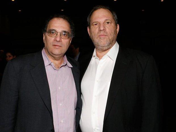 Em trai của ông trùm Hollywood nghiện sex Harvey Weinstein cũng bị tố quấy rối tình dục phụ nữ - Ảnh 1.