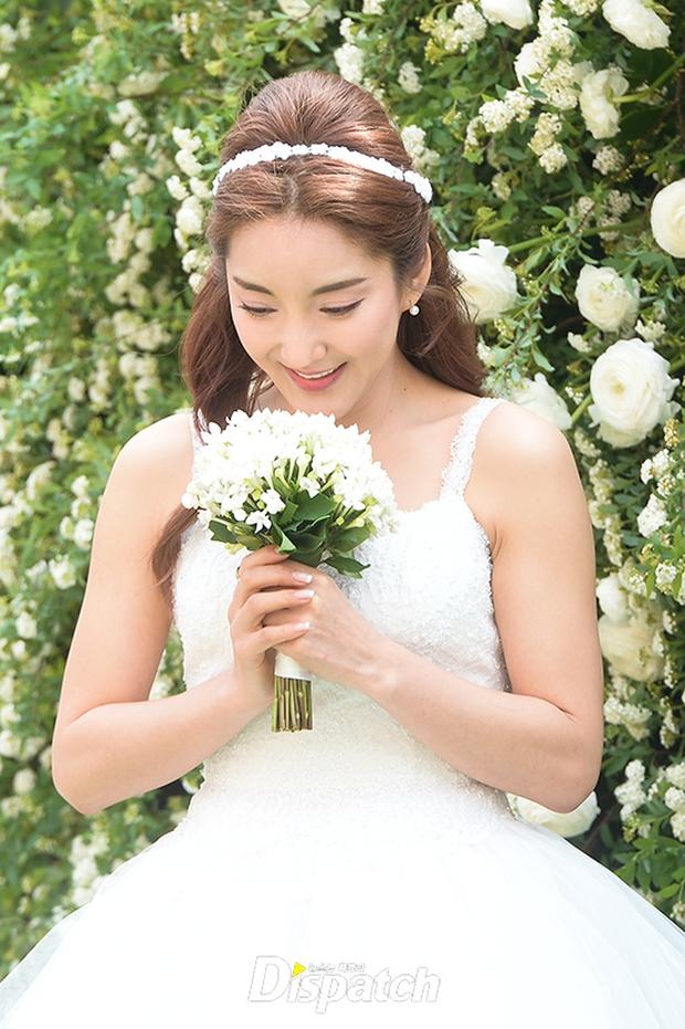 Hôn lễ đẹp nhất xứ Hàn: S.E.S tái hợp, chủ tịch SM Lee Soo Man cùng dàn sao khủng xuất hiện - Ảnh 5.