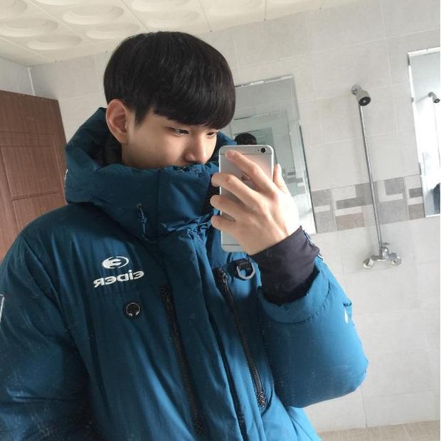 VĐV bóng chuyền thôi mà, đâu nhất thiết phải đẹp trai như Kim Soo Hyun thế này hả trời! - Ảnh 10.