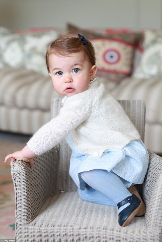 Công nương Kate được Hiệp Hội Nhiếp ảnh Hoàng Gia Anh khen ngợi vì những bức ảnh tuyệt đẹp - Ảnh 13.