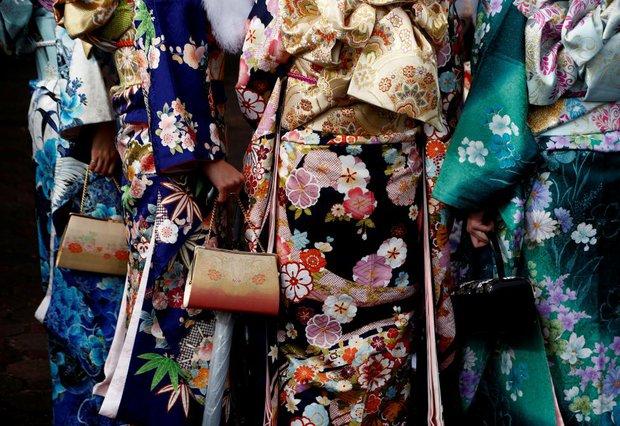 Các cô gái Nhật Bản xinh đẹp trong lễ trưởng thành - Ảnh 13.