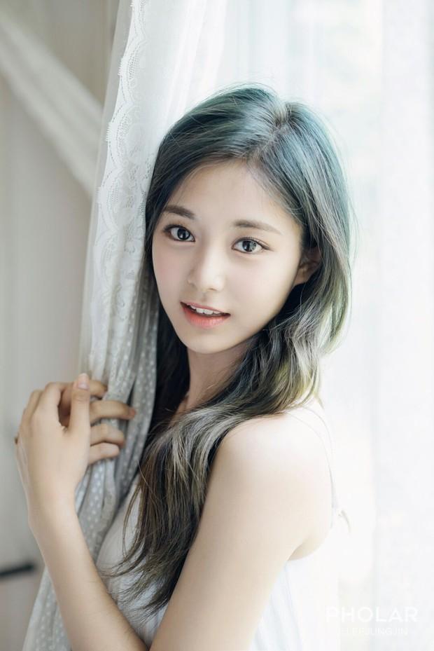 Mặc Kim Tae Hee hay Suzy, Song Hye Kyo vẫn sở hữu đặc điểm khuôn mặt đẹp nhất xứ Hàn - Ảnh 9.