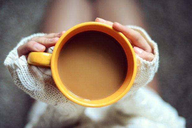 """4 sai lầm người uống cà phê nào cũng """"dính phải"""" khiến loại thức uống tốt sức khỏe này trở nên xấu đi - Ảnh 1."""