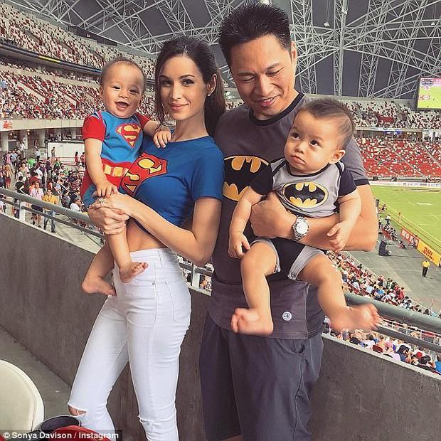 Bà mẹ bỉm sữa Singapore gây bão Facebook vì vẻ đẹp quá gợi cảm - Ảnh 7.