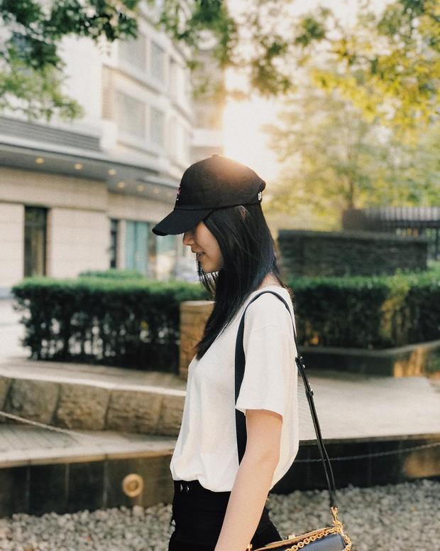 Liu Wen, Sui He, Ming Xi, Xiao Wen Ju: 4 chân dài Victoria's Secret châu Á hóa ra cùng sở hữu style hè đẹp xuất sắc - Ảnh 3.