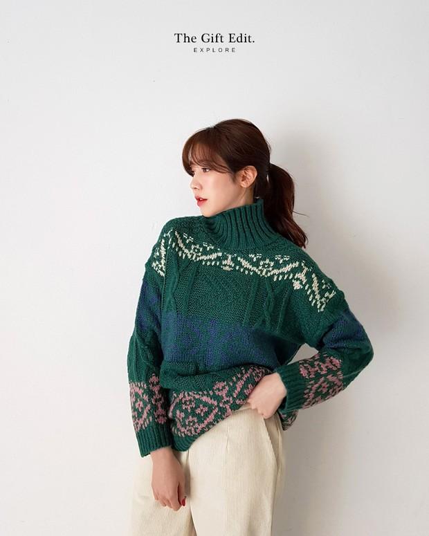 Áo len màu mè dễ thành hot trend, hội mê ăn diện lại có cớ để sắm thêm đồ cho đông này - Ảnh 8.