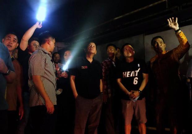 Tổng thống Philippines không kìm được nước mắt khi nghe tin 37 người thiệt mạng trong vụ hỏa hoạn - Ảnh 10.