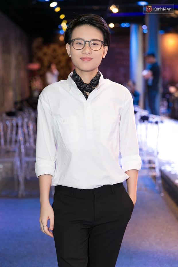 Bích Phương dồn hết kinh phí làm MV, lột xác với hình ảnh cô gái dân tộc Dao - Ảnh 5.