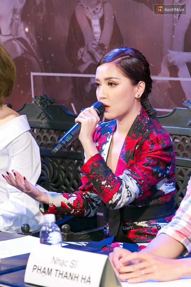 Bích Phương dồn hết kinh phí làm MV, lột xác với hình ảnh cô gái dân tộc Dao - Ảnh 1.