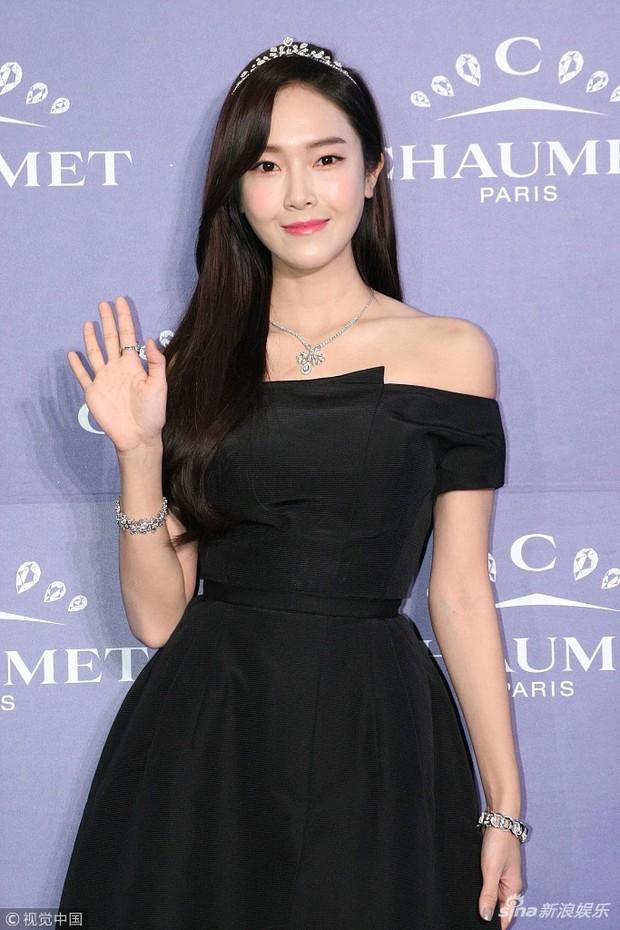 Trở lại thời kỳ đỉnh cao nhan sắc, Jessica Jung đẹp dịu dàng không tì vết - Ảnh 3.