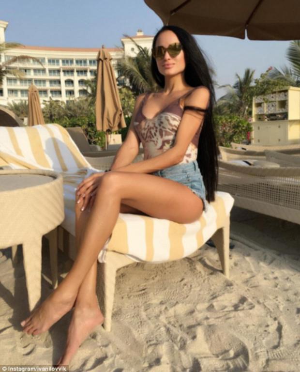 Dubai: Khách sạn 5 sao cấm các cô gái xinh đẹp chụp ảnh sexy rồi check in trên mạng - Ảnh 6.