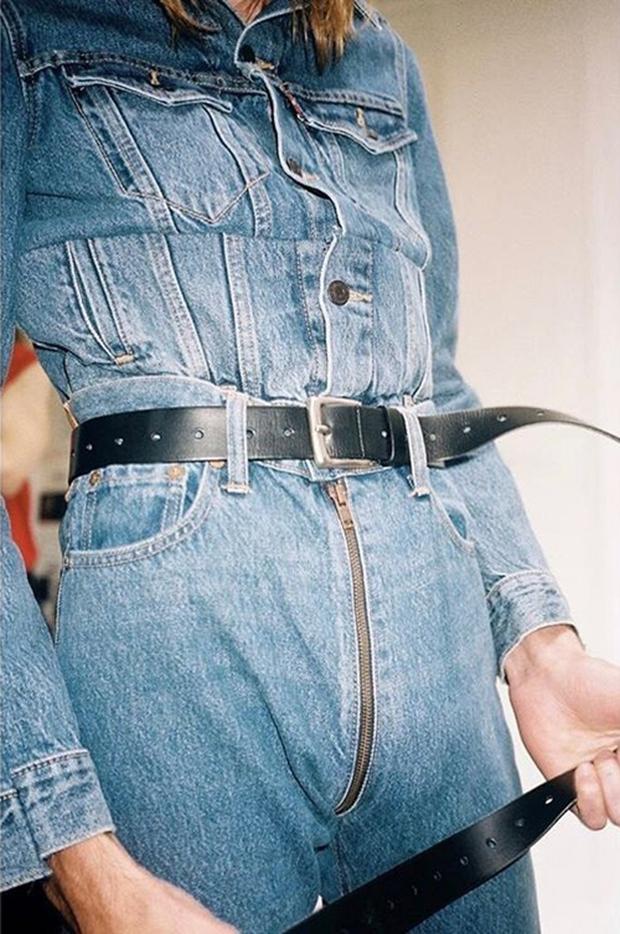Những lợi ích không tưởng khi mặc quần jeans có phéc-mơ-tuya ở mông - Ảnh 16.