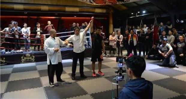 Cao thủ Thái Cực Quyền bị võ sĩ MMA hạ đo ván trong vài giây ngắn ngủi - Ảnh 12.