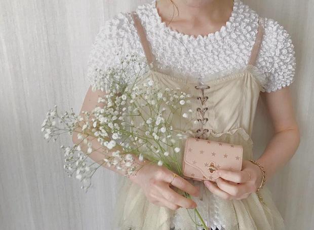 Áo phông bỏng ngô, mẫu áo sến súa từ vài chục năm trước nay lại được con gái Nhật thi nhau diện - Ảnh 8.