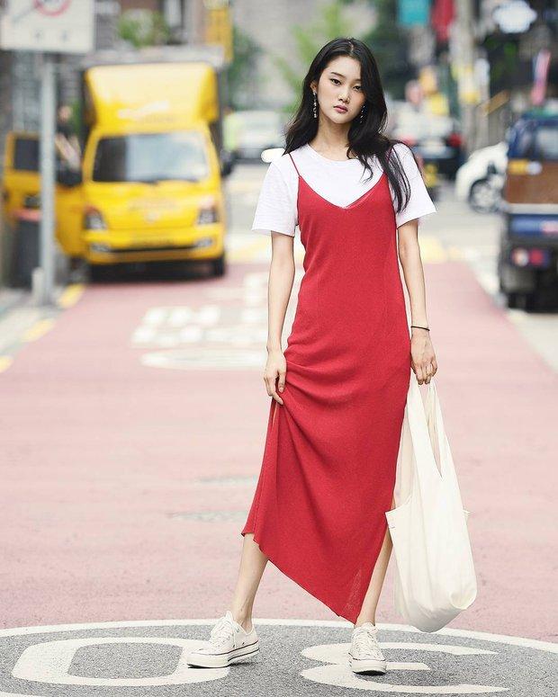 3 mẫu túi cũ kỹ tưởng đã đi vào dĩ vãng nay lại được các fashionista yêu thích hết mực - Ảnh 7.