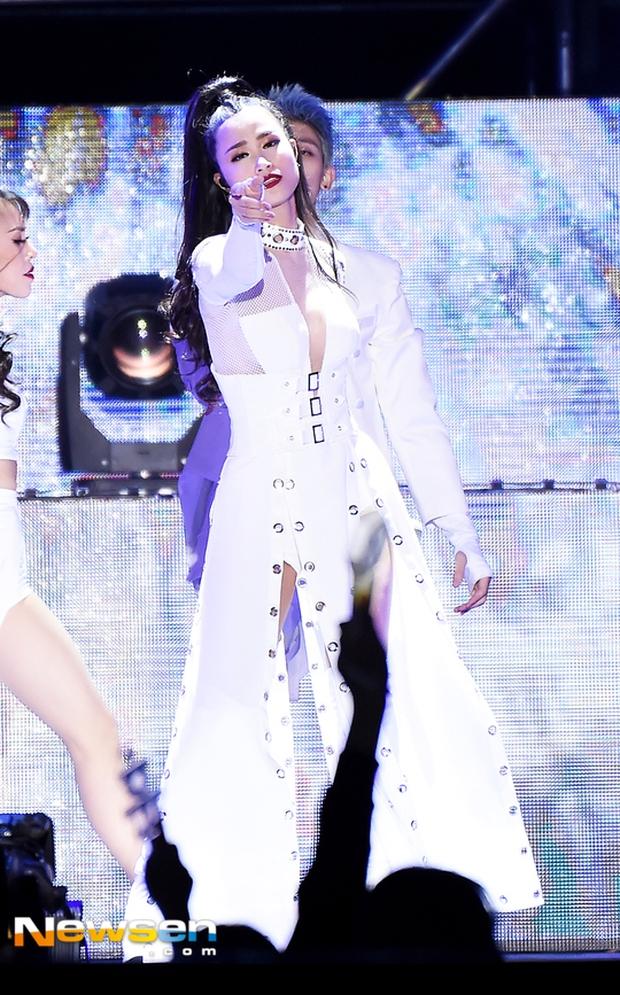 Báo chí Hàn xôn xao về sân khấu của Đông Nhi tại Asia Song Festival 2017: Một màn trình diễn tuyệt vời - Ảnh 11.