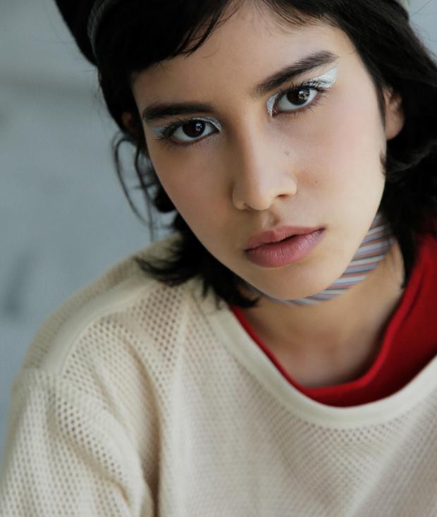 10 xu hướng makeup mùa thu tuyệt đẹp từ sàn runway con gái châu Á có thể áp dụng ngon ơ - Ảnh 20.