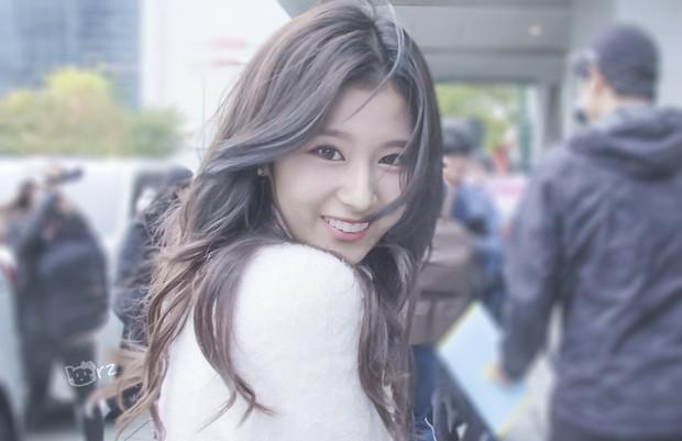 Những ông bố của mỹ nam mỹ nữ hàng đầu xứ Hàn: Đẹp đến tầm tài tử cũng phải ghen tị - Ảnh 13.