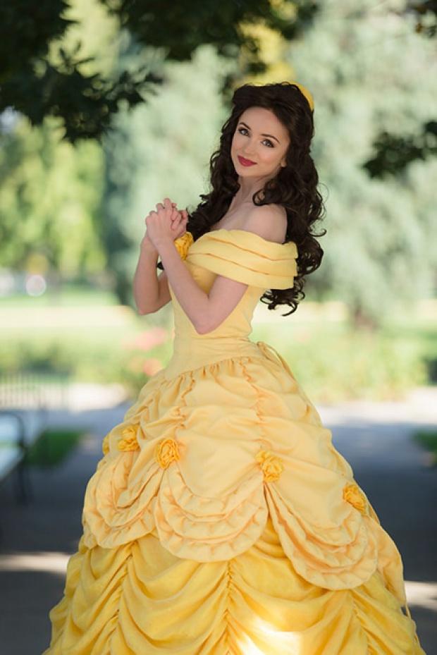 Cô gái dành 300 triệu đồng để trở thành các nàng công chúa Disney, và lý do đáng yêu phía sau - Ảnh 9.