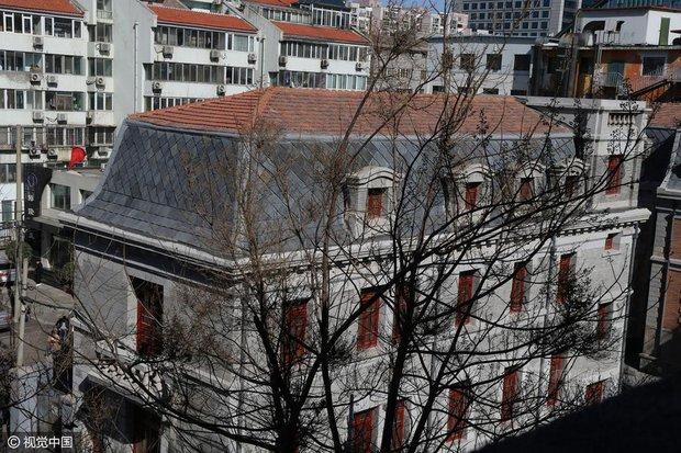 Ngôi nhà ma gây bao nỗi ám ảnh giữa thủ đô Bắc Kinh được cho thuê với giá hơn 33 tỷ đồng/năm - Ảnh 10.