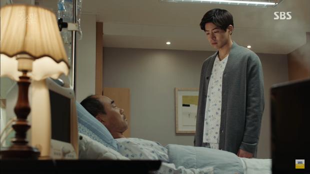 """""""Whisper"""": Lee Sang Yoon và vợ """"tình tứ"""" ngay trước mặt Lee Bo Young - Ảnh 8."""