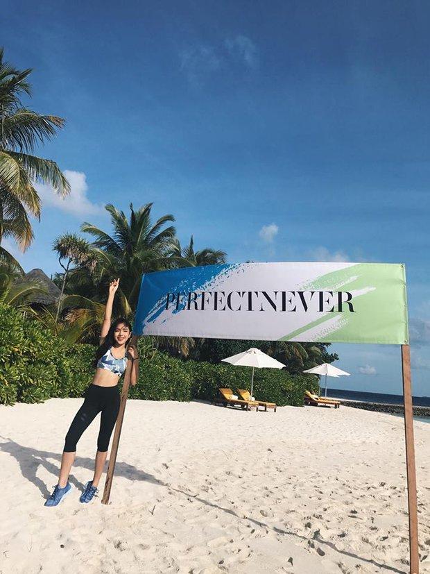 Tưởng đến Maldives nghỉ dưỡng, nào ngờ Châu Bùi được làm gương mặt thương hiệu cho Reebok - Ảnh 13.
