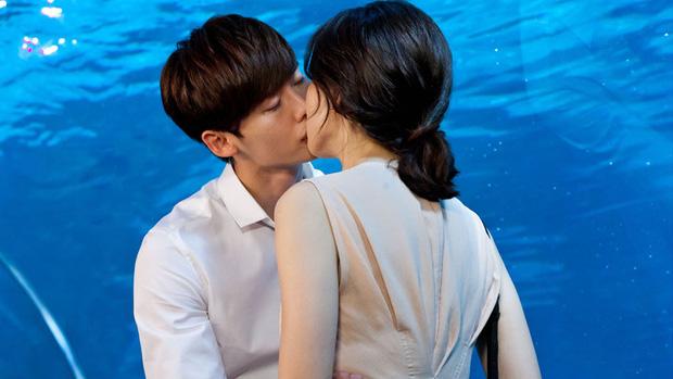 Lee Jong Suk có 4 người tình màn ảnh, nhưng nữ thần nào mới là đẹp đôi với anh nhất? - Ảnh 1.