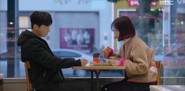 Two Cops: Jo Jung Suk, Hyeri bất ngờ khóa môi ngọt ngào - Ảnh 13.
