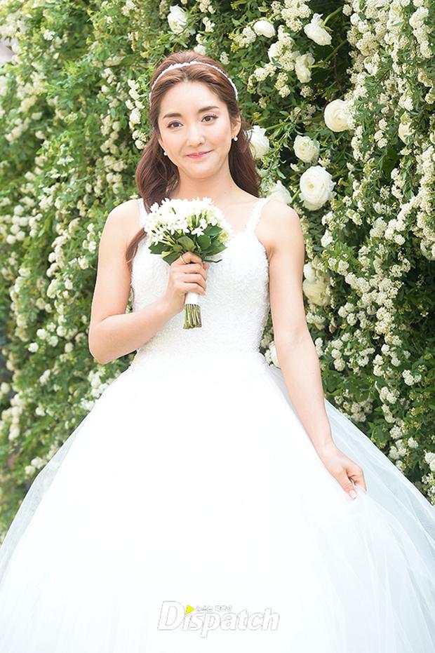 Hôn lễ đẹp nhất xứ Hàn: S.E.S tái hợp, chủ tịch SM Lee Soo Man cùng dàn sao khủng xuất hiện - Ảnh 4.