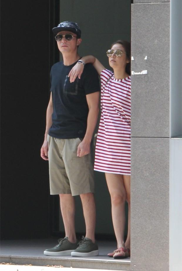 Trải qua 1 năm hôn nhân sóng gió, Lâm Tâm Như - Hoắc Kiến Hoa ngày càng tình tứ và hạnh phúc bên nhau - Ảnh 6.