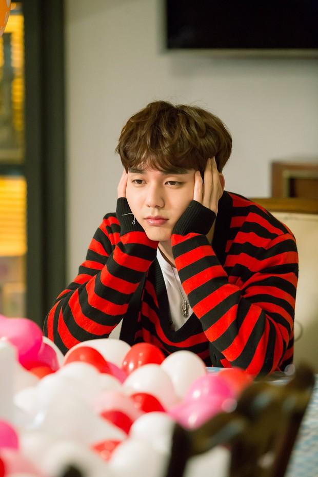 Yoo Seung Ho đã đẹp chết người, người yêu mới của anh còn xuất sắc hơn cả Kim So Hyun - Ảnh 10.