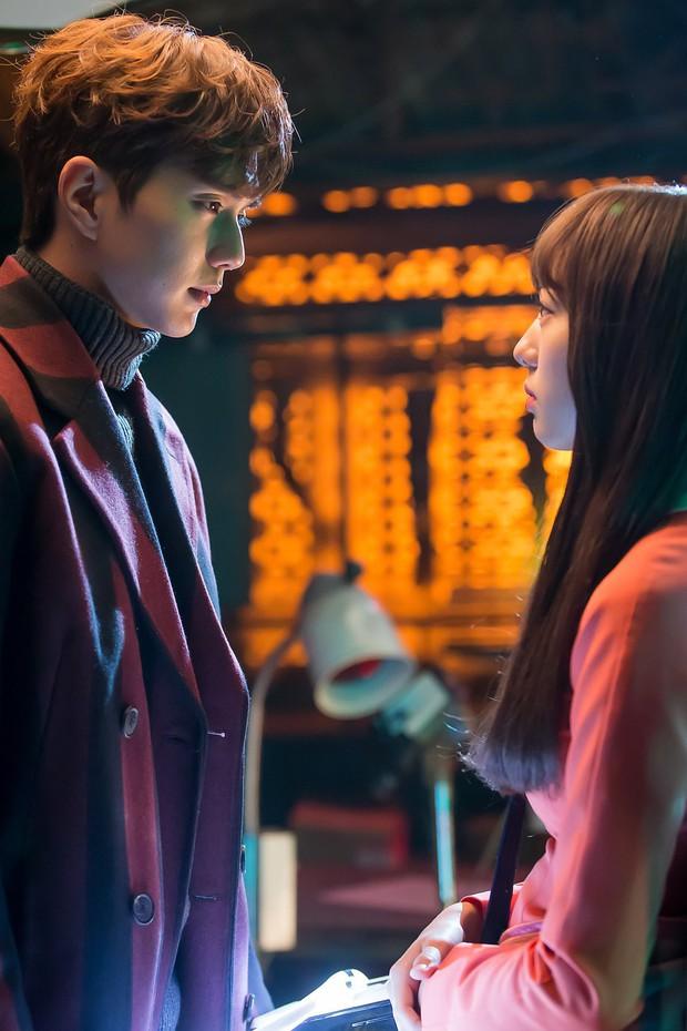 Yoo Seung Ho đã đẹp chết người, người yêu mới của anh còn xuất sắc hơn cả Kim So Hyun - Ảnh 18.
