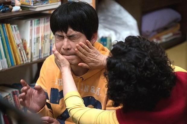 5 tác phẩm điện ảnh Hàn lấy cạn nước mắt của hàng triệu khán giả - Ảnh 5.